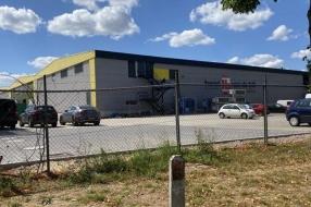 Nieuws: Deel fabriek vleesverwerker Van de Bilt kan nog niet open