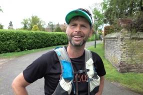 Nieuws: Erwin rent 200 km langs de Maas