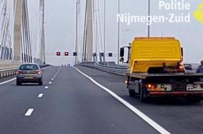Nieuws: Rode kruizen genegeerd na ongeluk; bestuurders op de bon