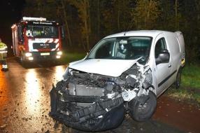 Nieuws: Speurhonden zoeken naar gevluchte automobilist na aanrijding
