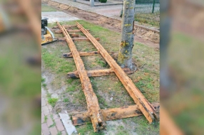 Nieuws: Spoorrail van voor de Tweede Wereldoorlog gevonden bij riole