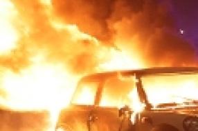 Nieuws: Wijchen - Duo opgepakt na brandstichting in auto